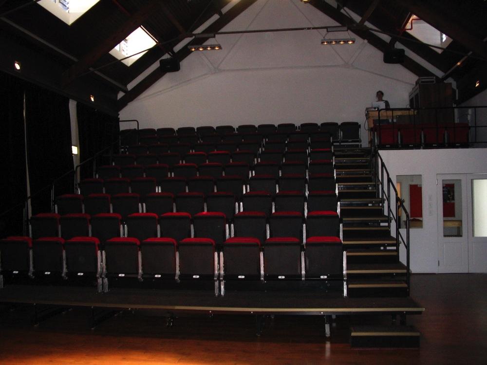 new-space-theatre-09