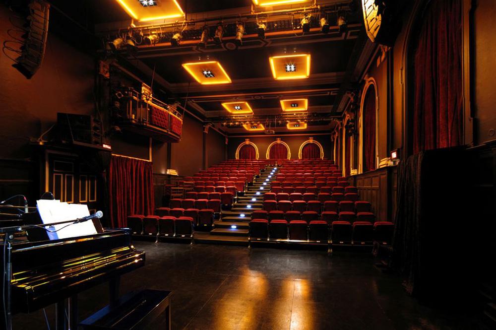 new-space-theatre-02